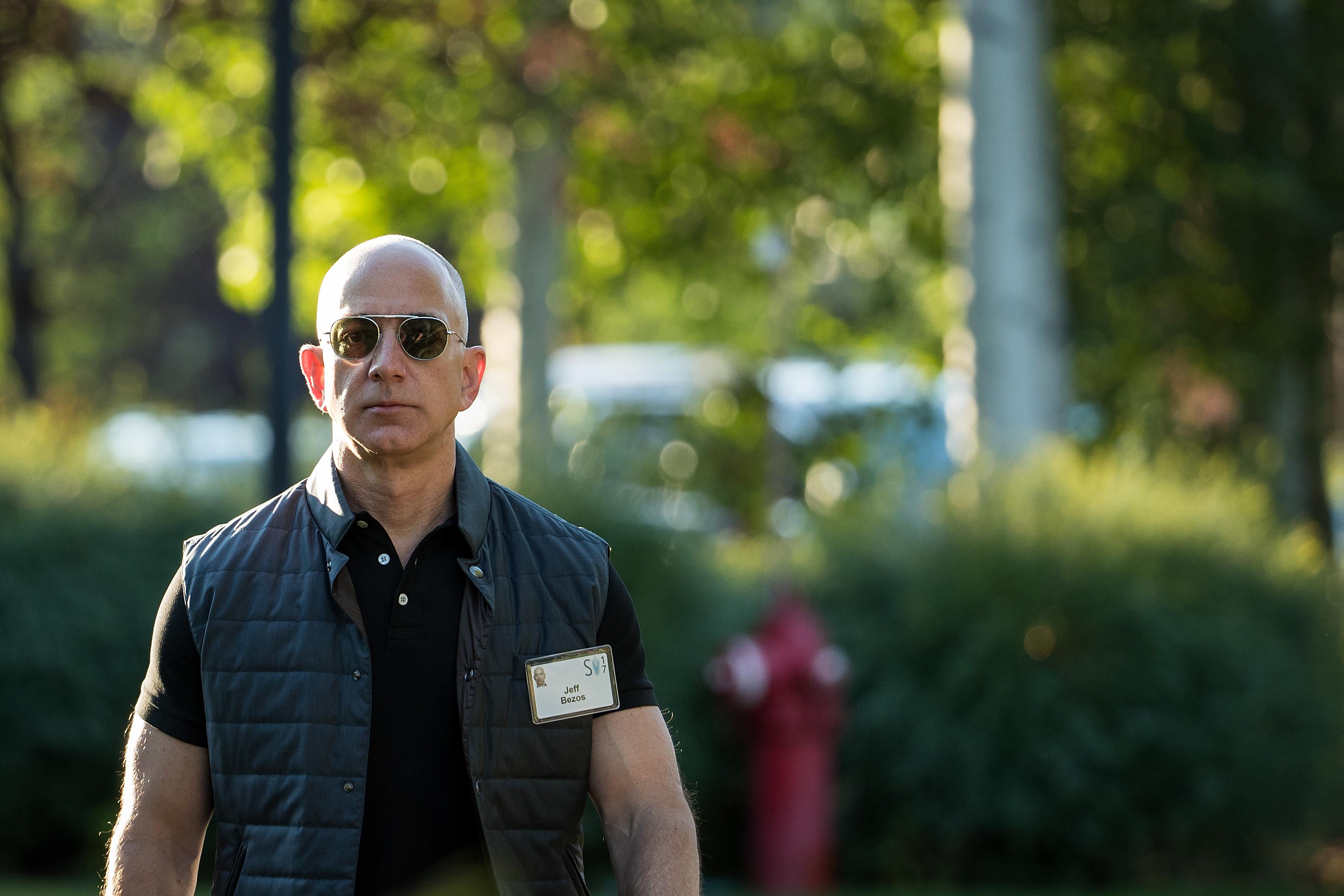 Jeff_Bezos_net_worth